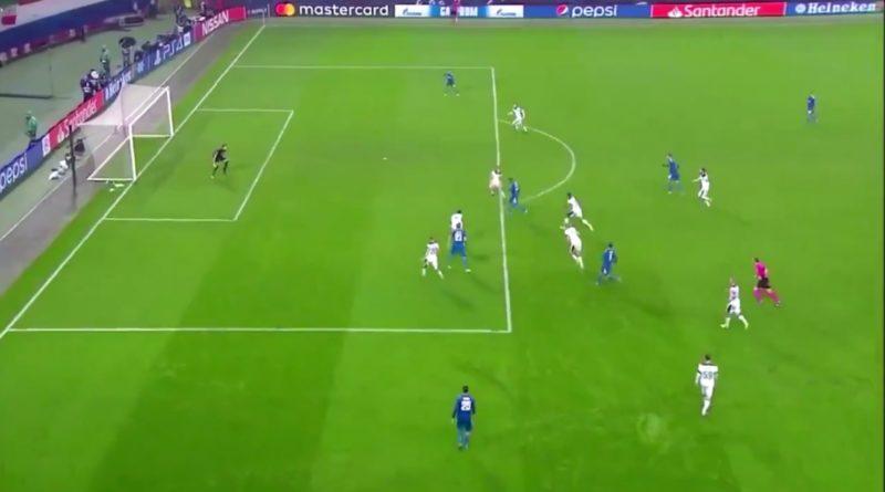 Video | Gol pazzesco di Douglas Costa